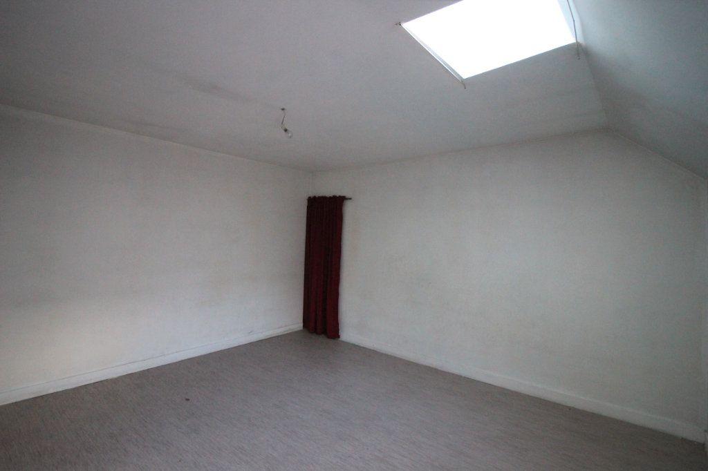 Maison à vendre 6 80m2 à Saint-Hernin vignette-6