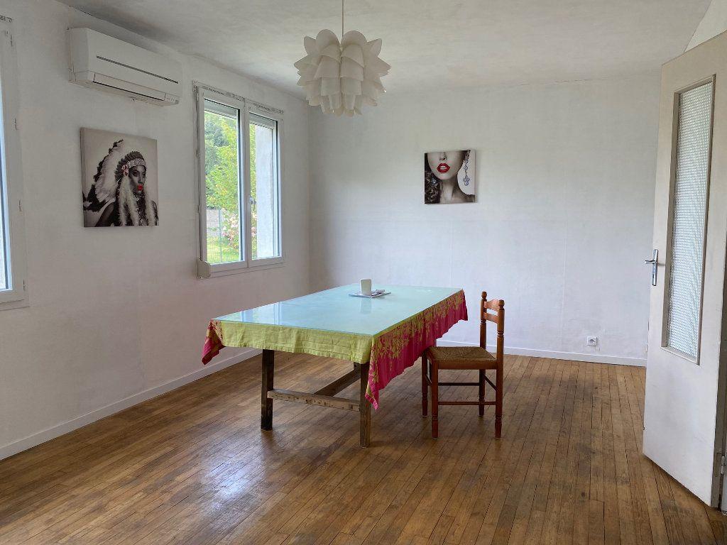 Maison à vendre 6 102m2 à Poullaouen vignette-2