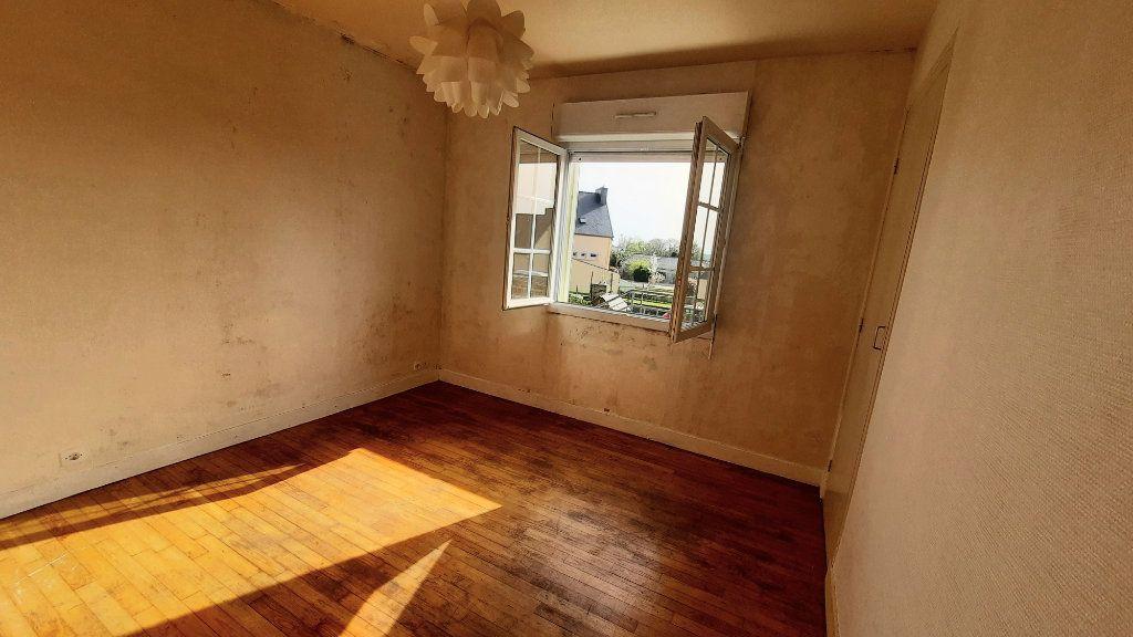 Maison à vendre 6 102m2 à Poullaouen vignette-4