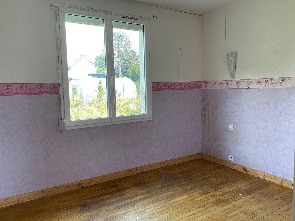 Maison à vendre 6 102m2 à Poullaouen vignette-6