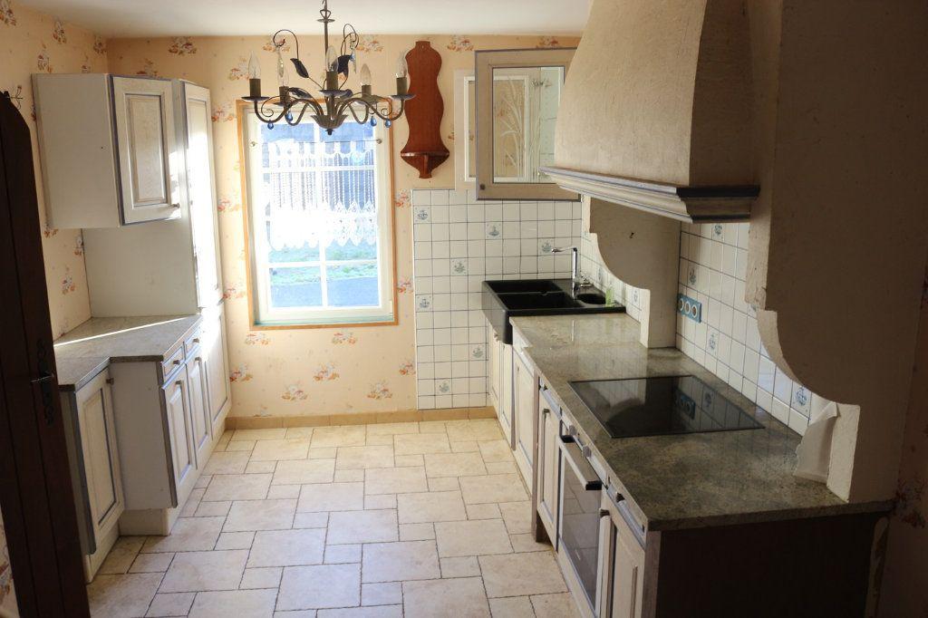 Maison à vendre 5 88m2 à Kergrist-Moëlou vignette-3