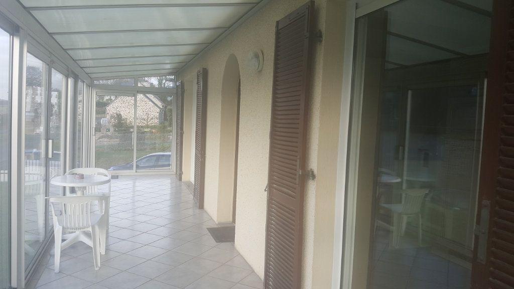 Maison à vendre 4 115m2 à Saint-Péver vignette-4