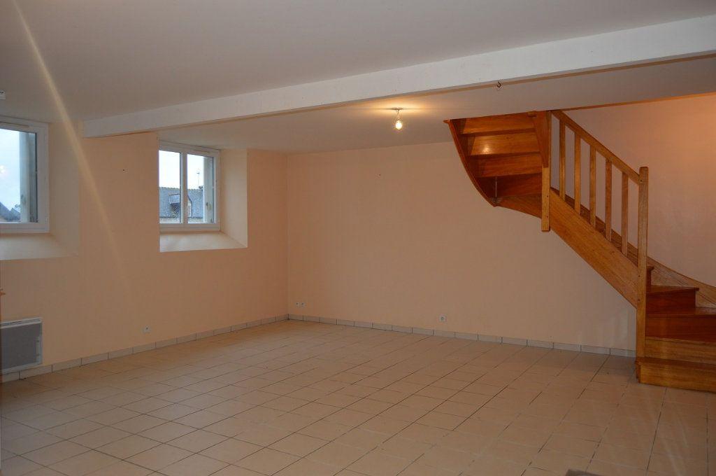 Immeuble à vendre 0 176.02m2 à Rostrenen vignette-3
