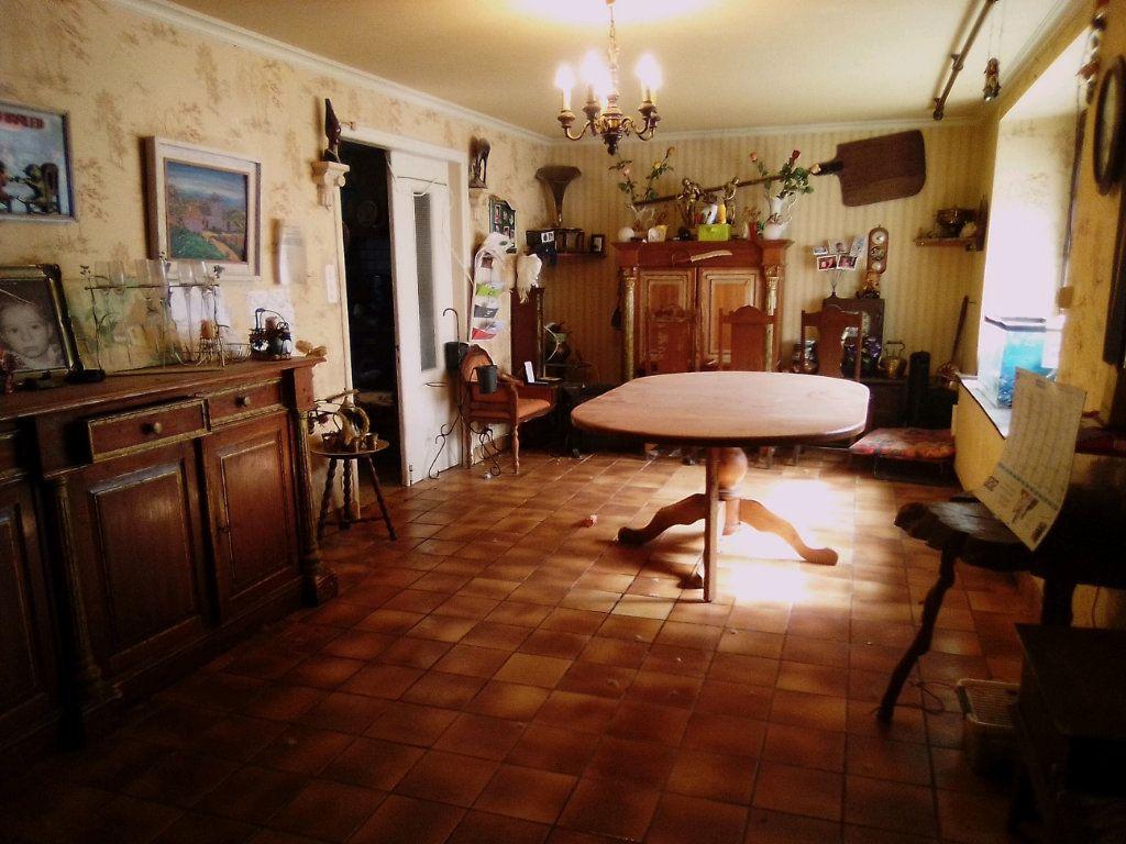 Maison à vendre 7 150m2 à Landeleau vignette-2