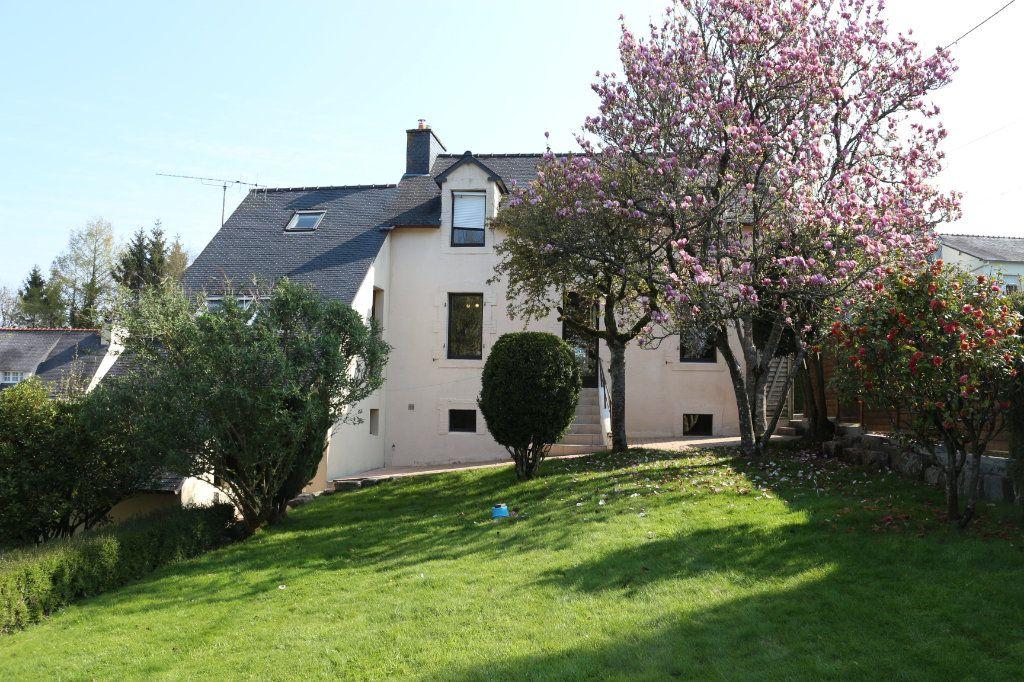 Maison à vendre 4 140m2 à Rostrenen vignette-1