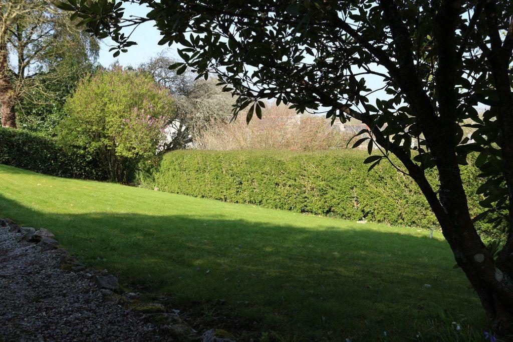 Maison à vendre 4 140m2 à Rostrenen vignette-2