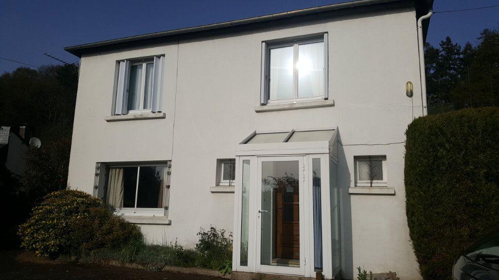 Maison à vendre 4 108m2 à Guingamp vignette-1