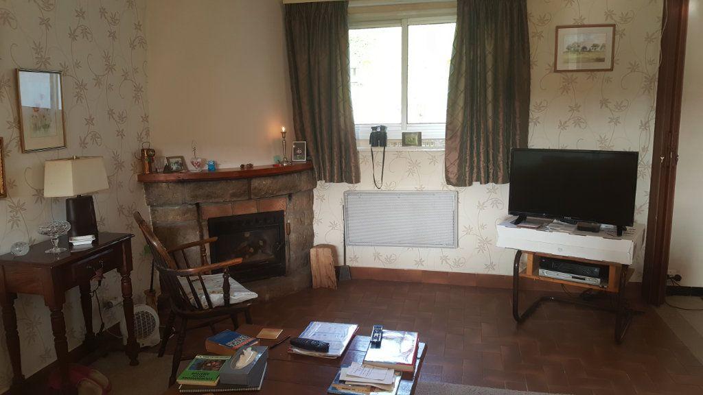Maison à vendre 4 108m2 à Guingamp vignette-3