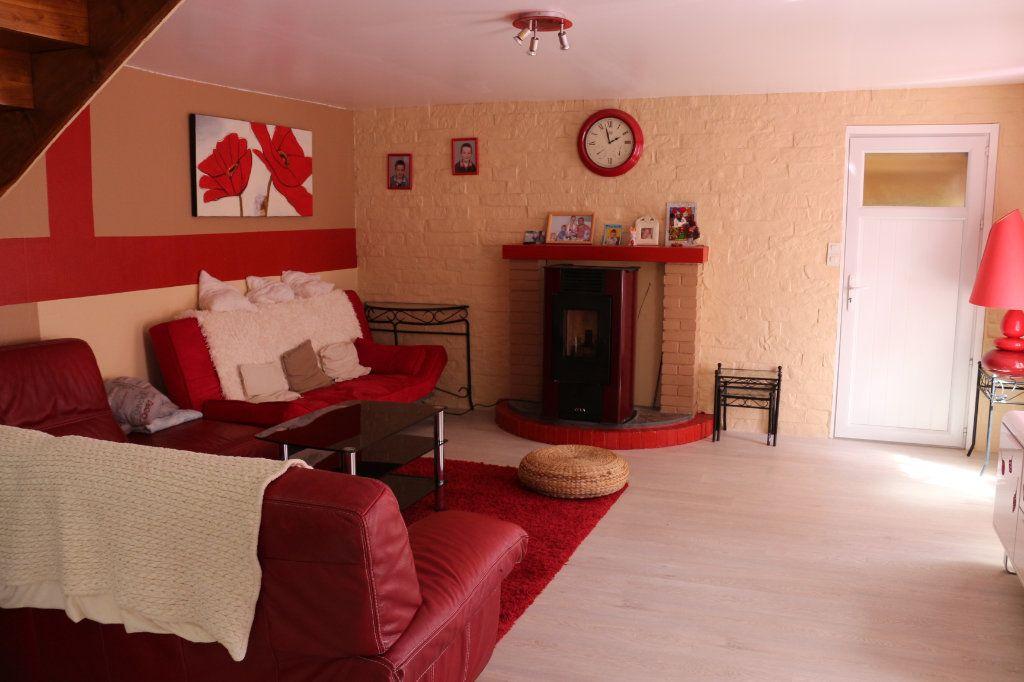 Maison à vendre 9 175m2 à Rostrenen vignette-2