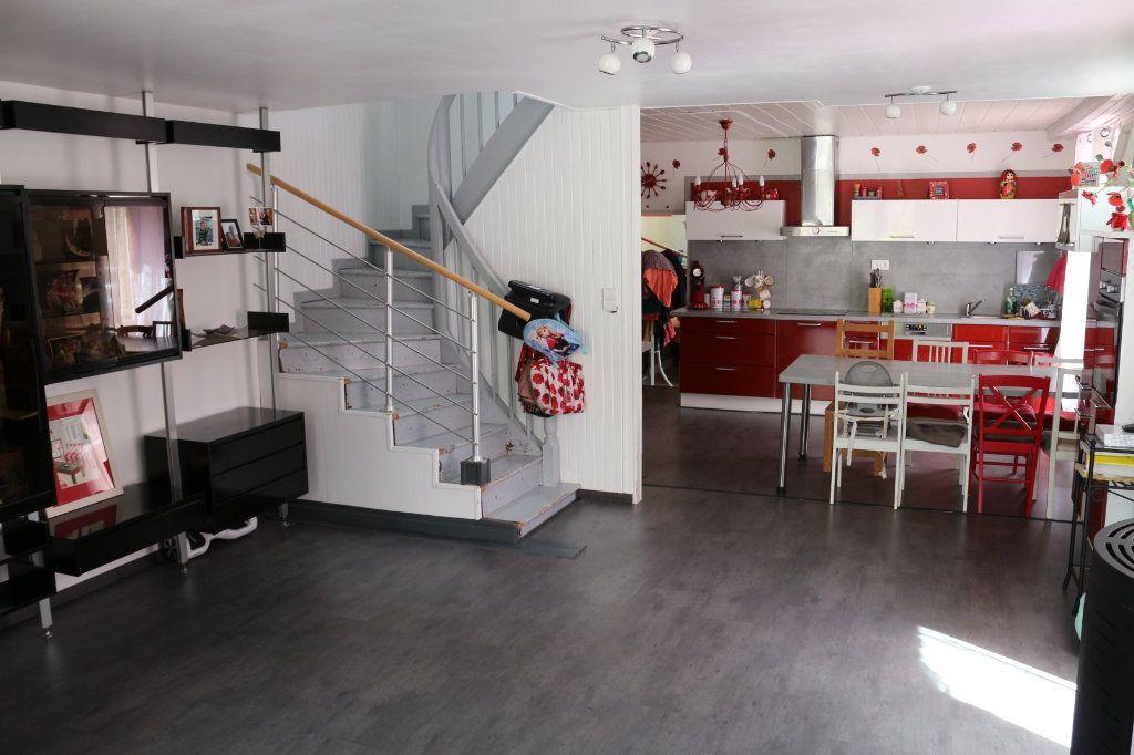 Maison à vendre 9 175m2 à Rostrenen vignette-8