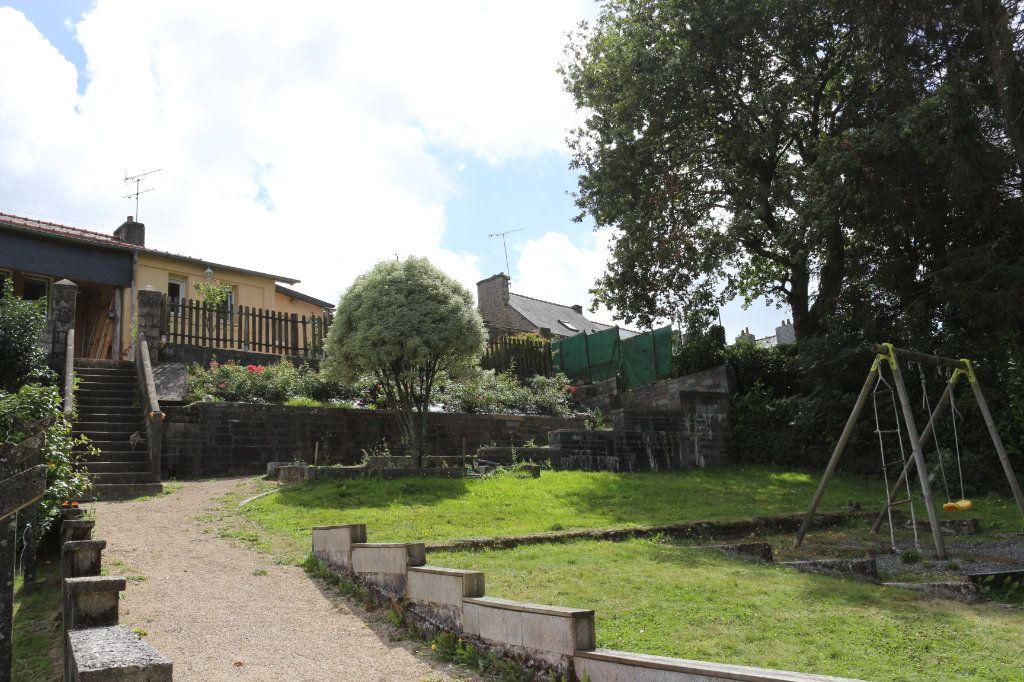 Maison à vendre 9 175m2 à Rostrenen vignette-14