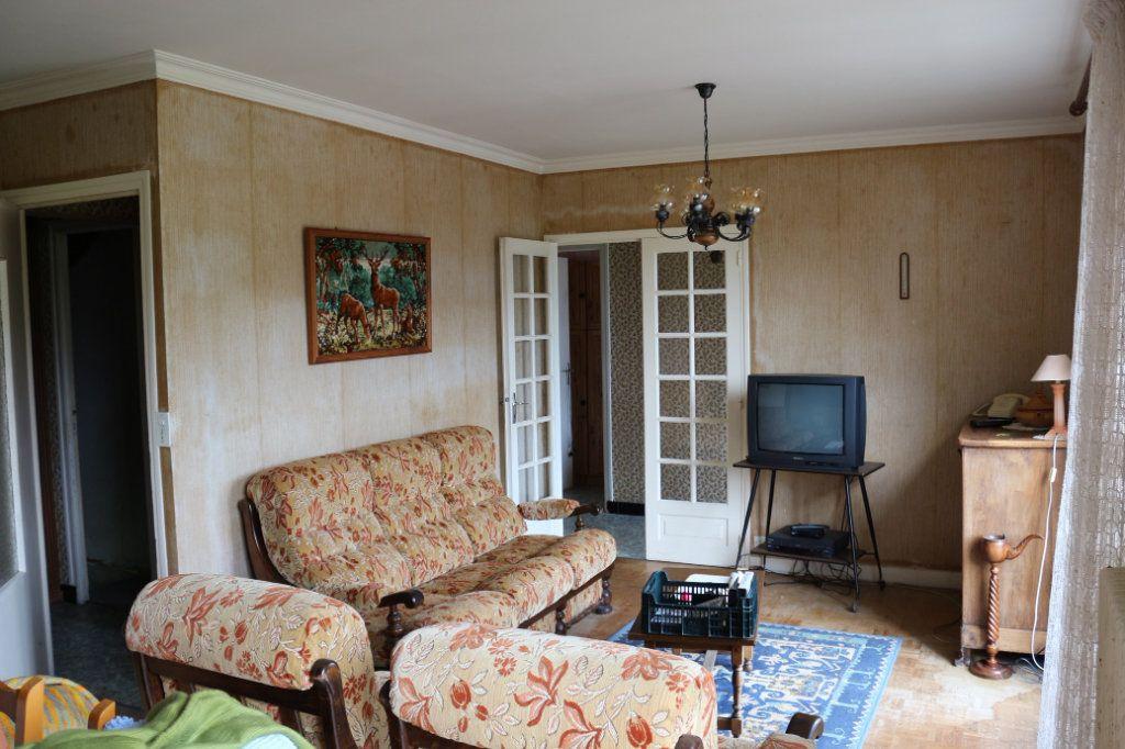 Maison à vendre 7 113.3m2 à Rostrenen vignette-2