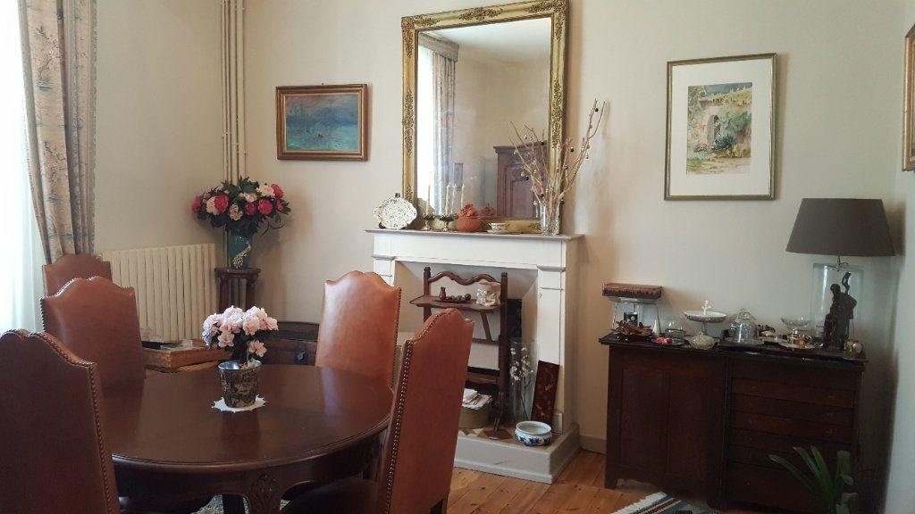 Maison à vendre 6 168.5m2 à Guingamp vignette-2