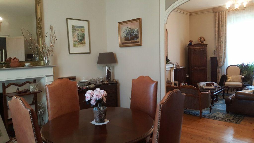 Maison à vendre 6 168.5m2 à Guingamp vignette-3