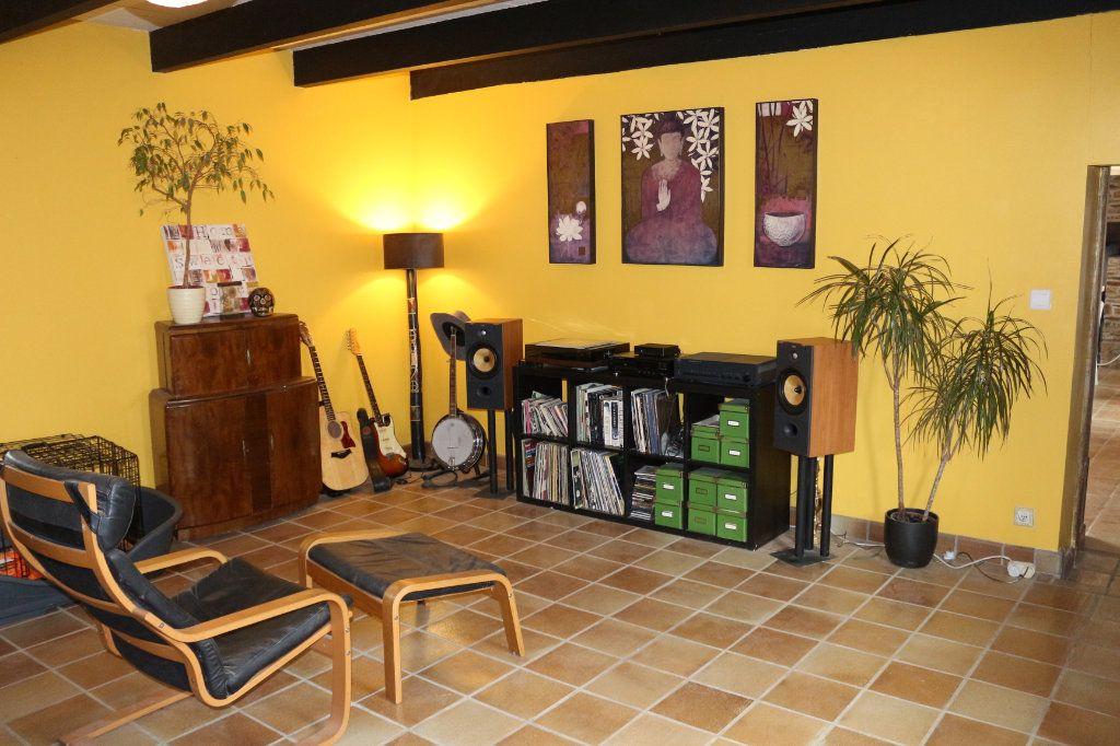 Maison à vendre 6 167m2 à Maël-Carhaix vignette-4