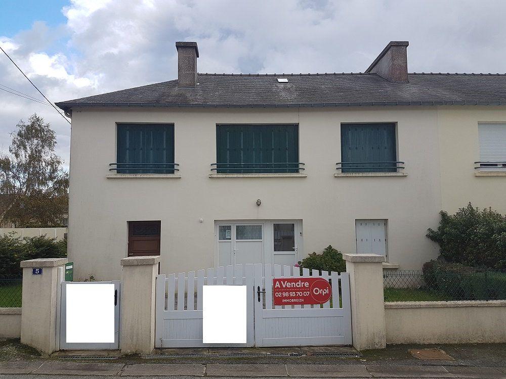 Maison à vendre 10 118m2 à Carhaix-Plouguer vignette-1