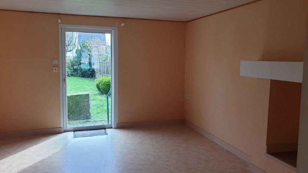 Maison à vendre 10 118m2 à Carhaix-Plouguer vignette-2