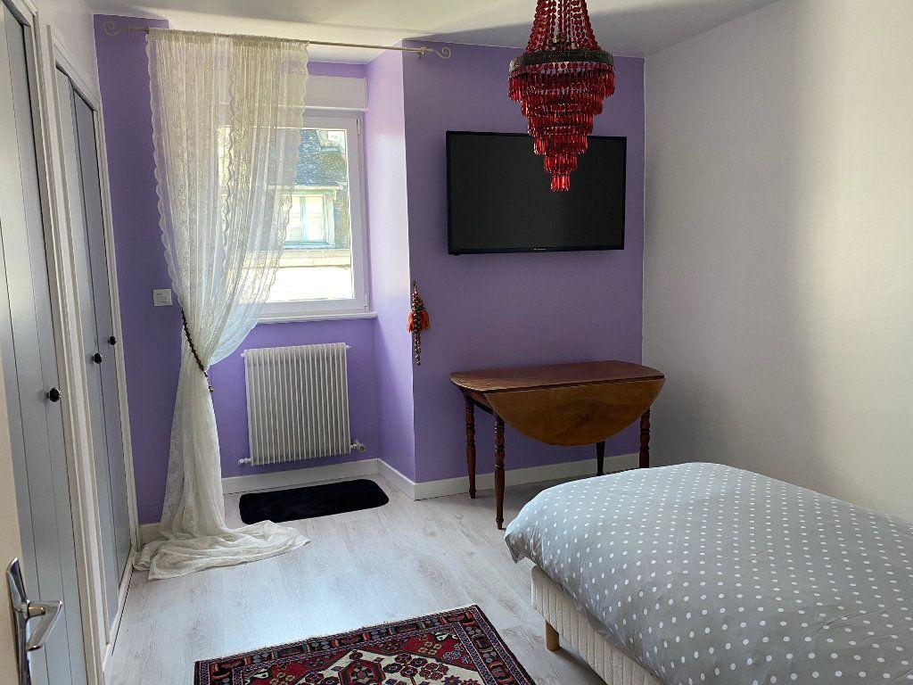 Appartement à vendre 4 123m2 à Carhaix-Plouguer vignette-7