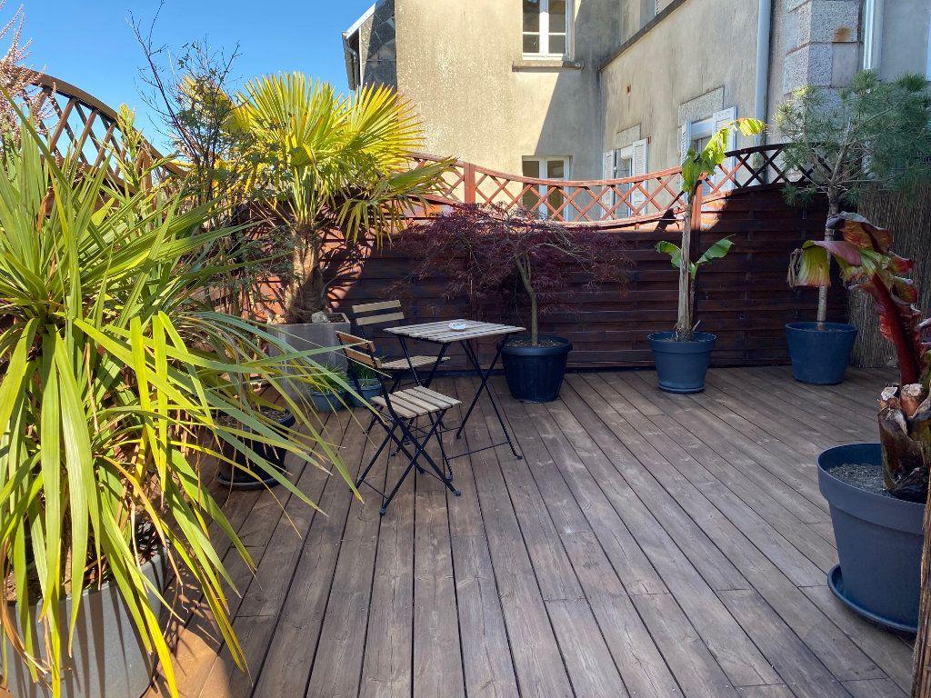 Appartement à vendre 4 123m2 à Carhaix-Plouguer vignette-10