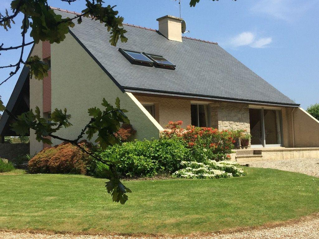 Maison à vendre 5 120m2 à Pommerit-le-Vicomte vignette-1