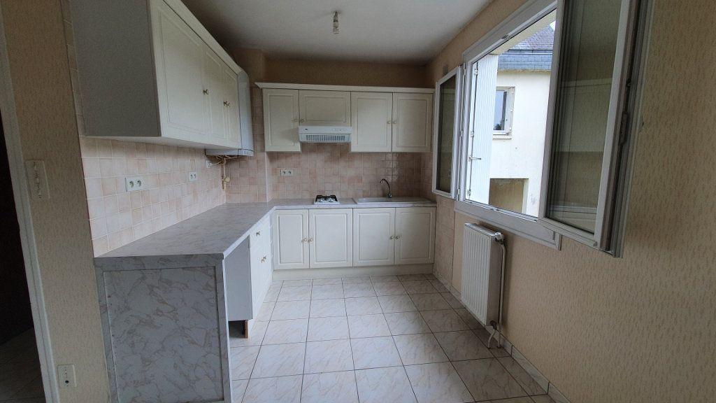 Appartement à vendre 2 42.27m2 à Carhaix-Plouguer vignette-2