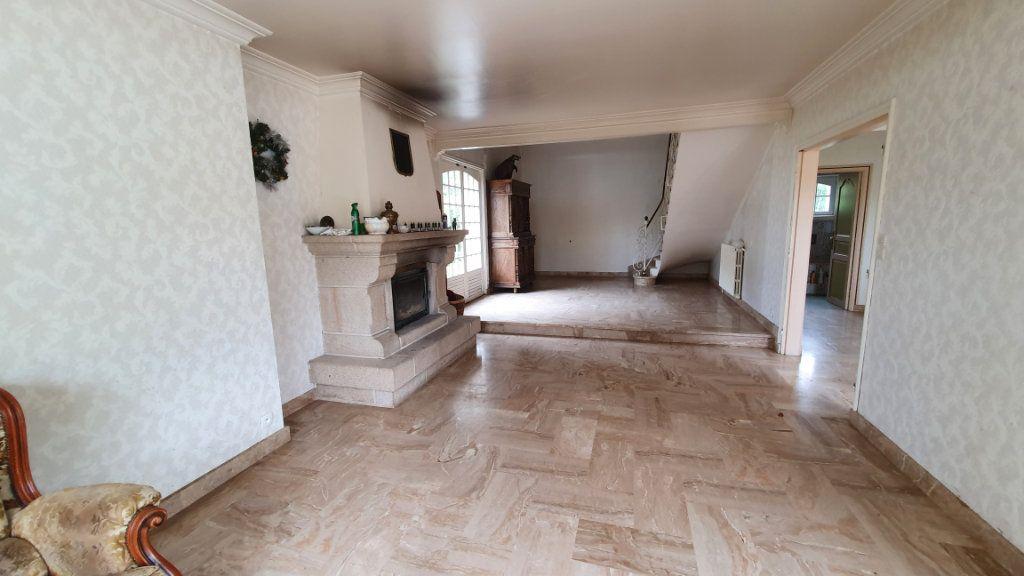 Maison à vendre 7 150m2 à Carhaix-Plouguer vignette-2