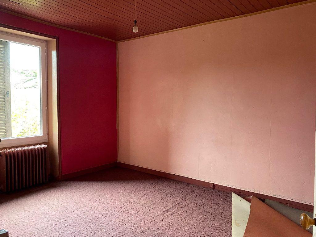 Maison à vendre 8 130m2 à Carhaix-Plouguer vignette-6