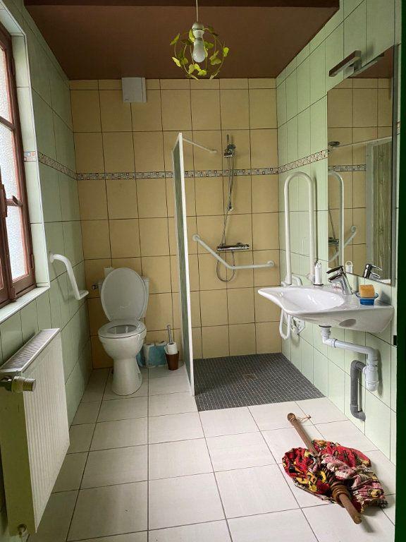 Maison à vendre 8 130m2 à Carhaix-Plouguer vignette-8