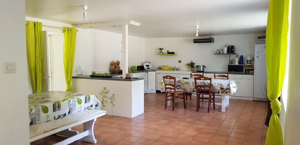 Maison à vendre 5 151m2 à Bulat-Pestivien vignette-2