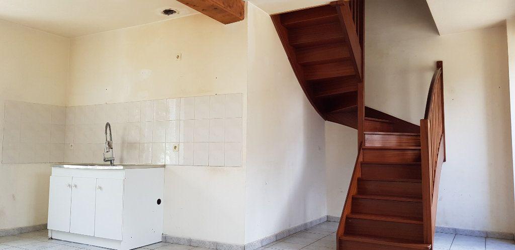 Maison à vendre 8 125m2 à Pont-Melvez vignette-2