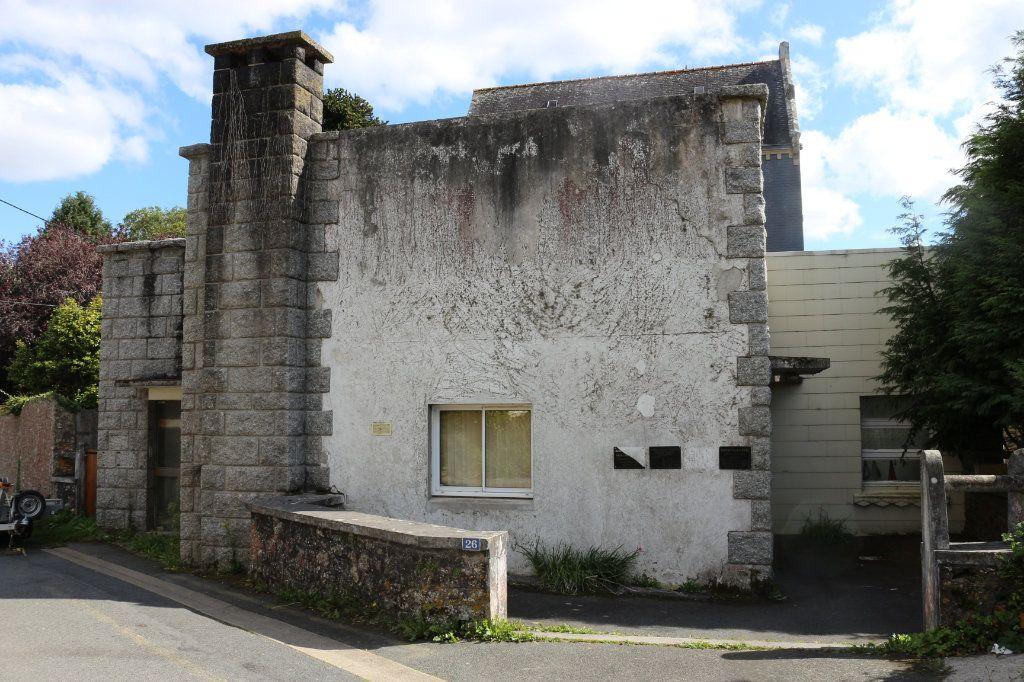 Maison à vendre 7 143m2 à Rostrenen vignette-1
