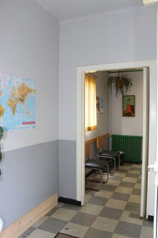 Maison à vendre 7 143m2 à Rostrenen vignette-3