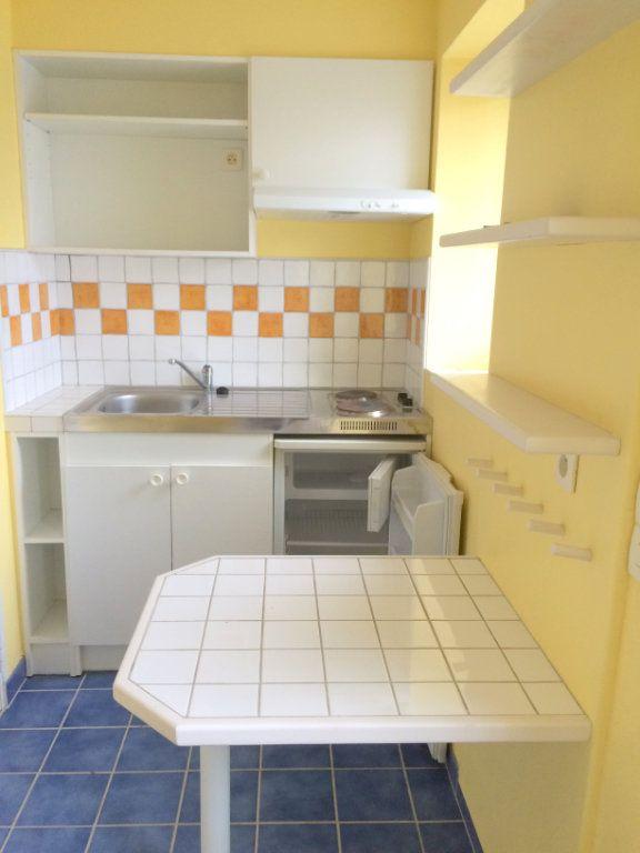 Appartement à louer 1 17m2 à Moustéru vignette-1