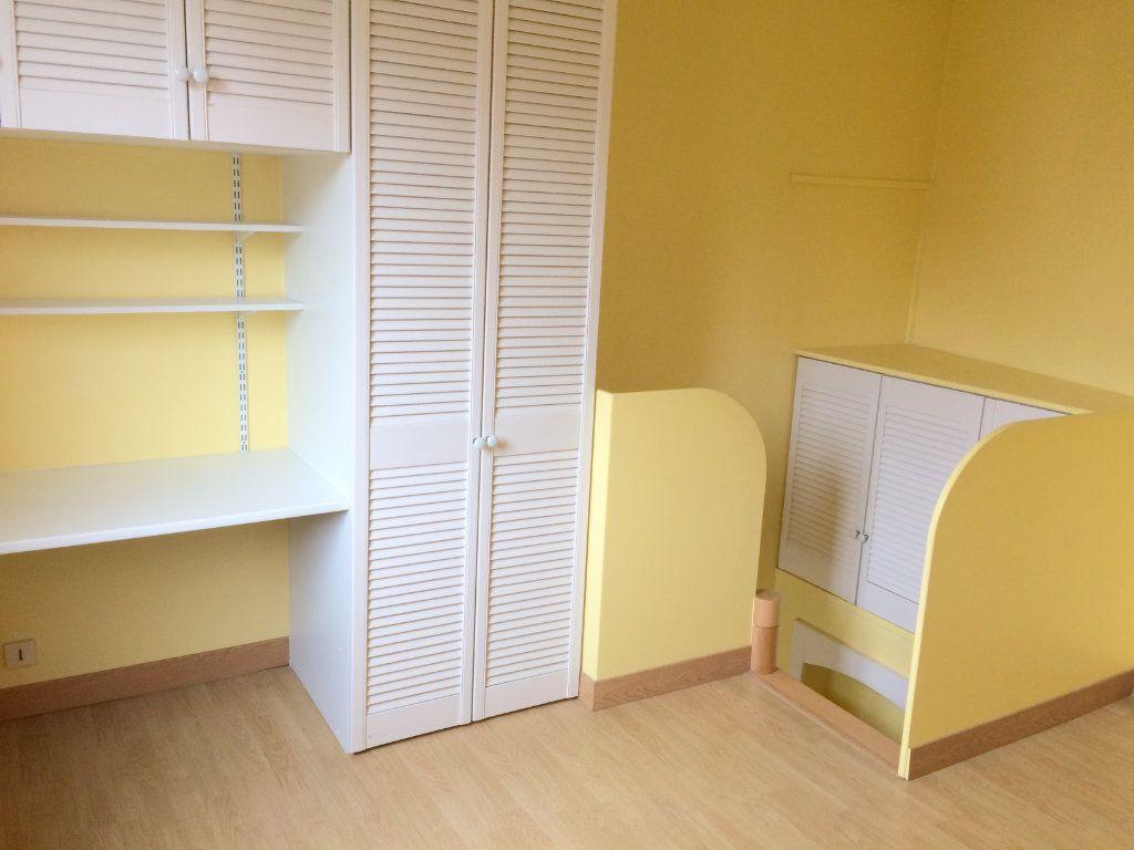 Appartement à louer 1 17m2 à Moustéru vignette-2