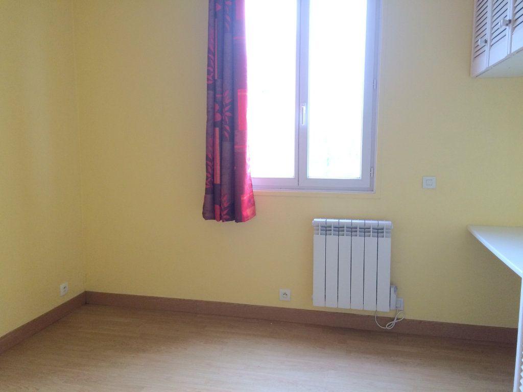 Appartement à louer 1 17m2 à Moustéru vignette-4