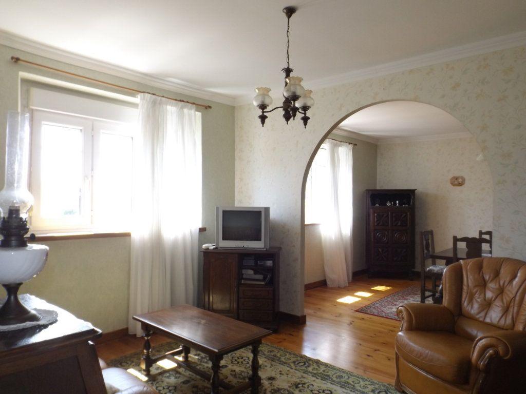 Maison à vendre 6 95m2 à Pommerit-le-Vicomte vignette-3