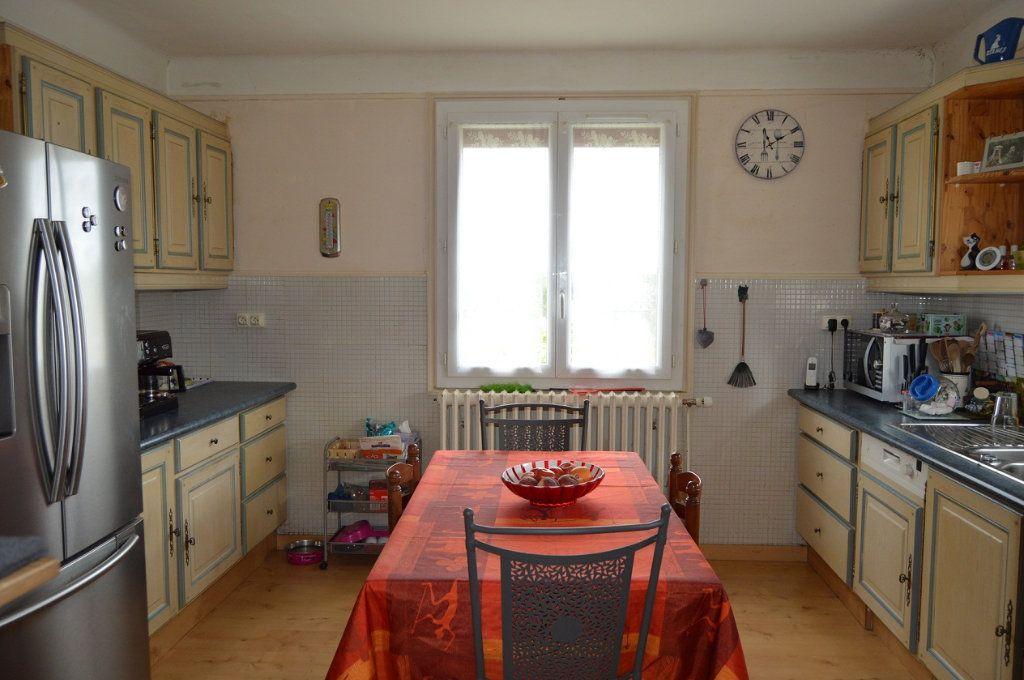 Maison à vendre 7 125m2 à Plouguernével vignette-4