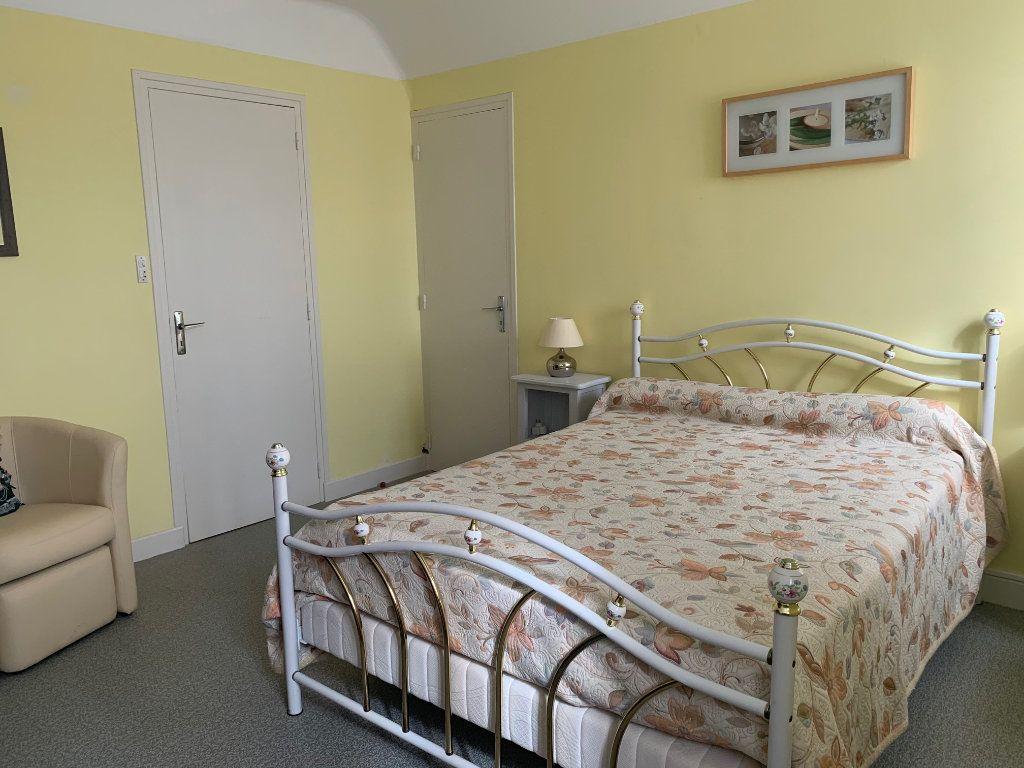 Maison à vendre 7 125m2 à Plouguernével vignette-14