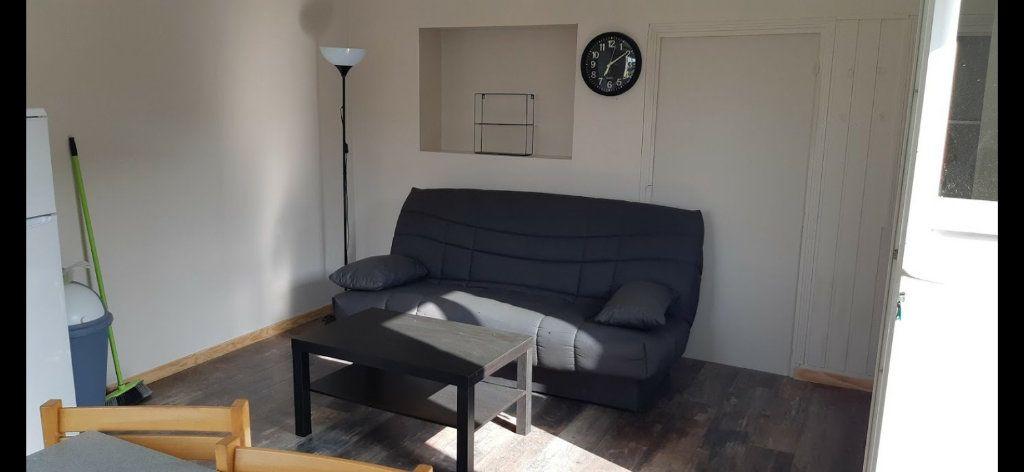 Maison à vendre 7 127m2 à Rostrenen vignette-3