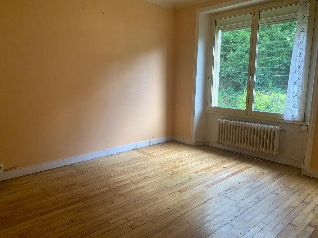 Maison à vendre 6 110m2 à Rostrenen vignette-5