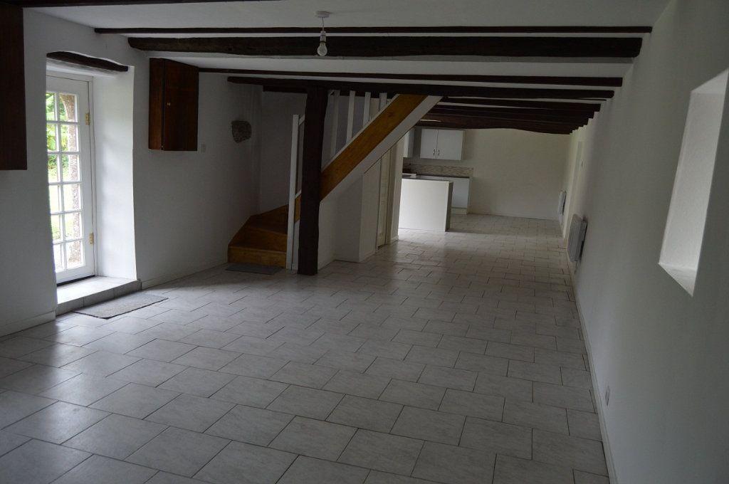 Maison à vendre 3 100m2 à Glomel vignette-3