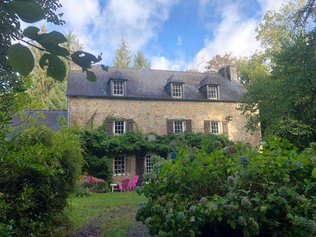 Maison à vendre 10 316.44m2 à Rostrenen vignette-1