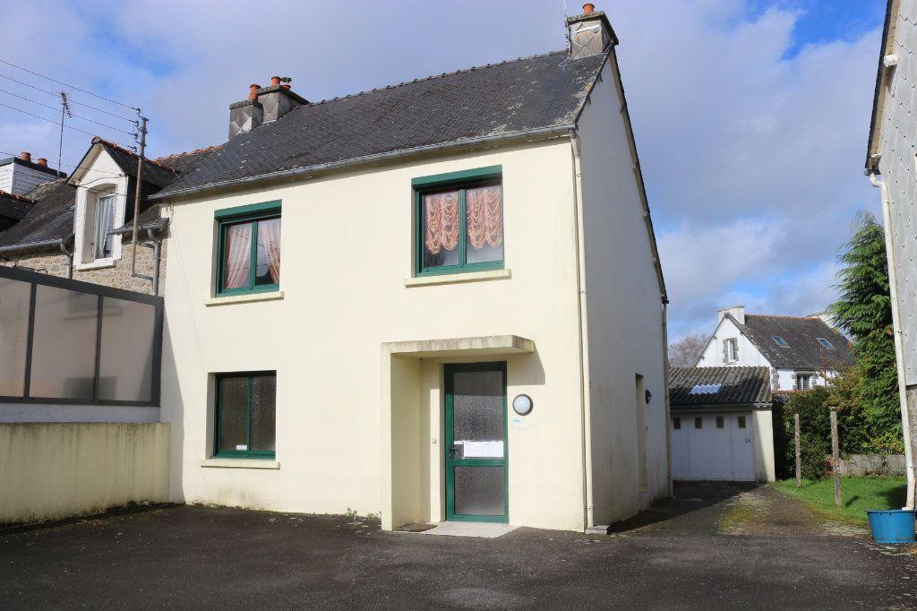 Maison à vendre 5 96m2 à Rostrenen vignette-1