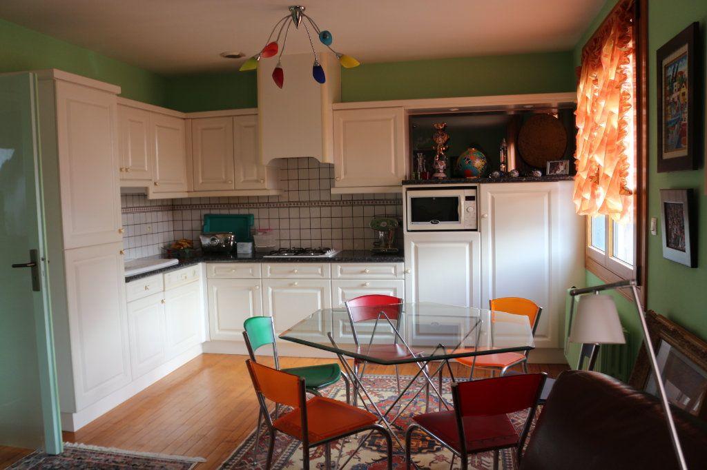 Maison à vendre 5 96m2 à Rostrenen vignette-3