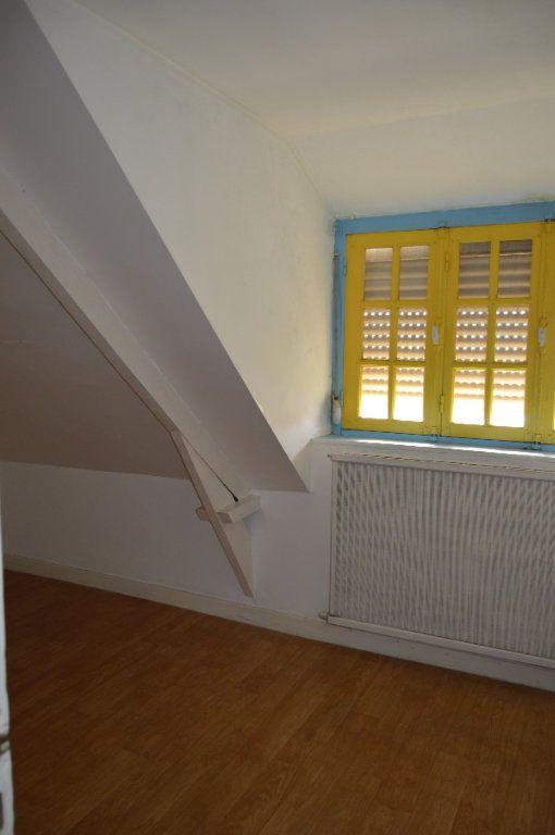 Maison à vendre 5 59.94m2 à Rostrenen vignette-6