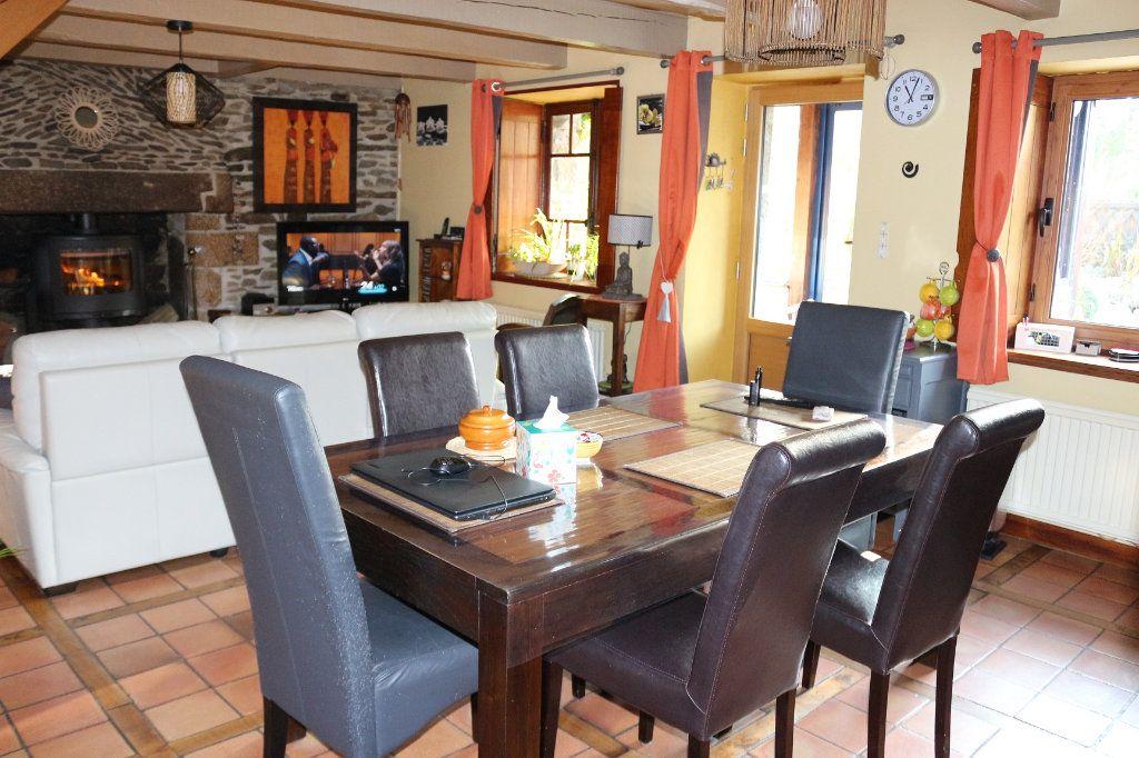 Maison à vendre 6 85m2 à Kergrist-Moëlou vignette-3