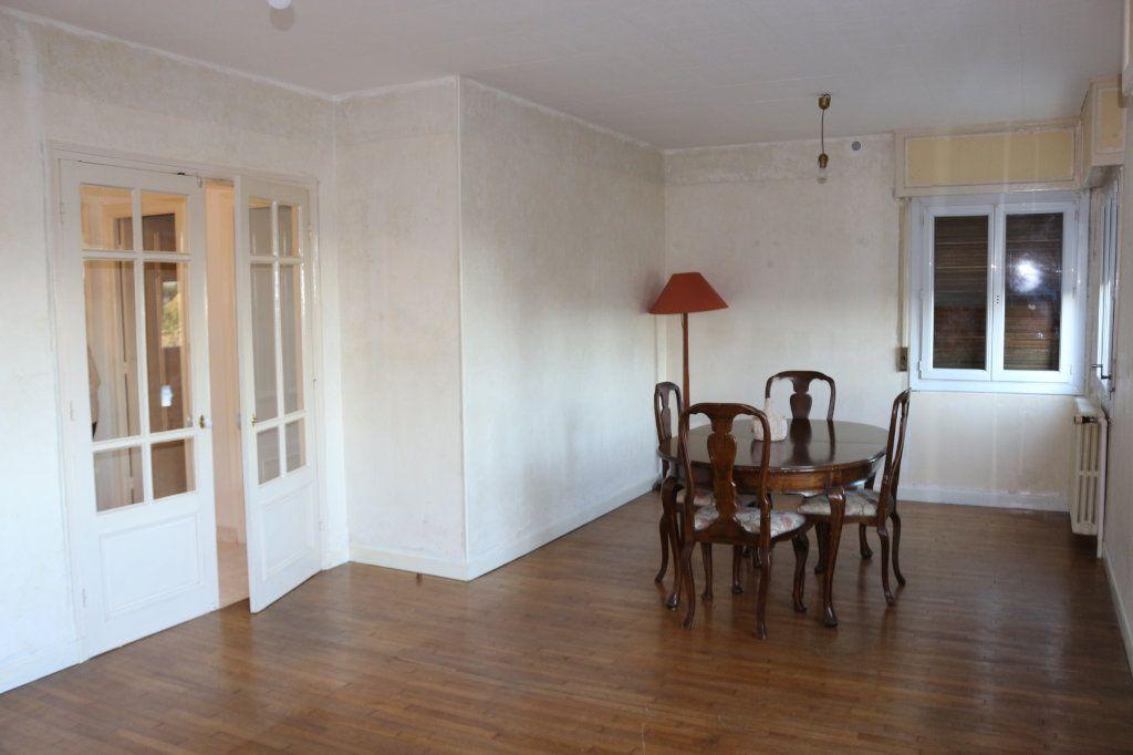 Maison à vendre 8 127m2 à Rostrenen vignette-3