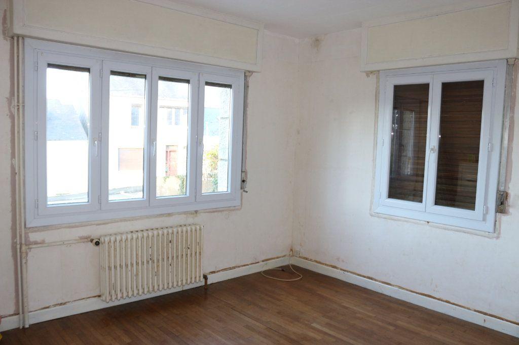 Maison à vendre 8 127m2 à Rostrenen vignette-4