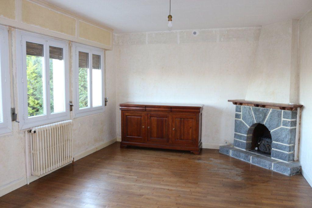 Maison à vendre 8 127m2 à Rostrenen vignette-7