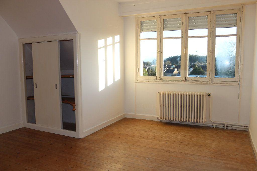 Maison à vendre 8 127m2 à Rostrenen vignette-8